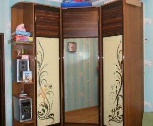 Шкафы-купе стандарт, угловые, фото каталог. Купить в Кривом Роге. Дизайн. Красивые шкафы в спальню, прихожую, детскую, гостиную